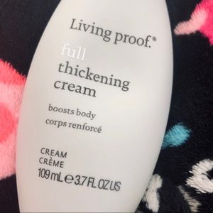 🆕⬇️💄Living proof thickening cream NWT full size